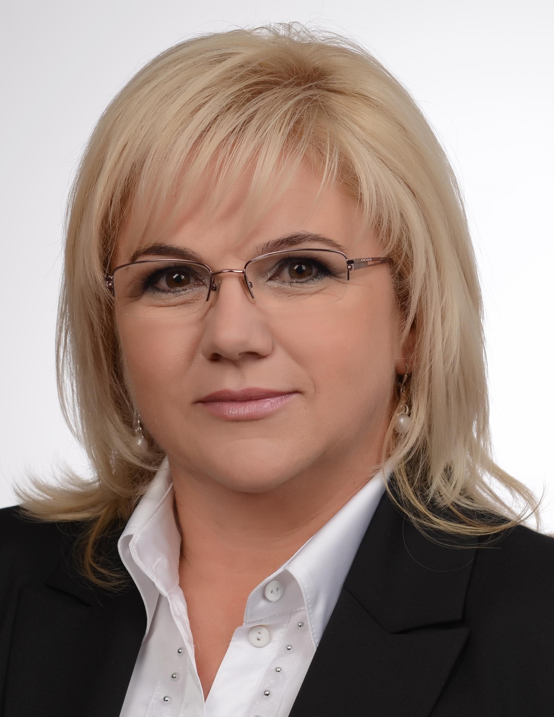 Mazúrová, Viera