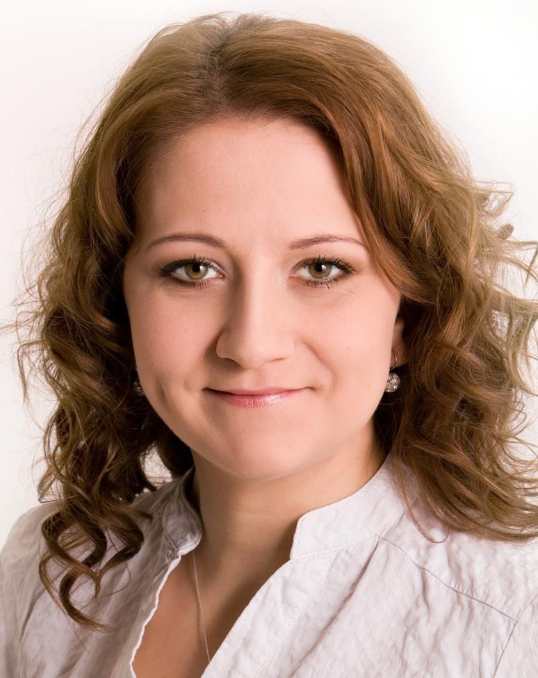 Aštaryová, Zuzana